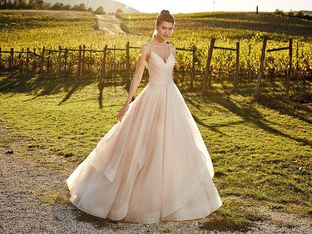 50 vestidos de novia color nude, la competencia del blanco nupcial