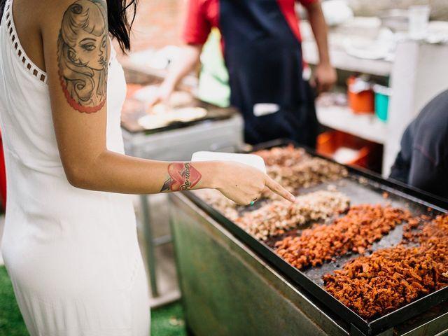 Guía práctica para comer tacos en la boda: ¿cuándo, cómo, cuáles?