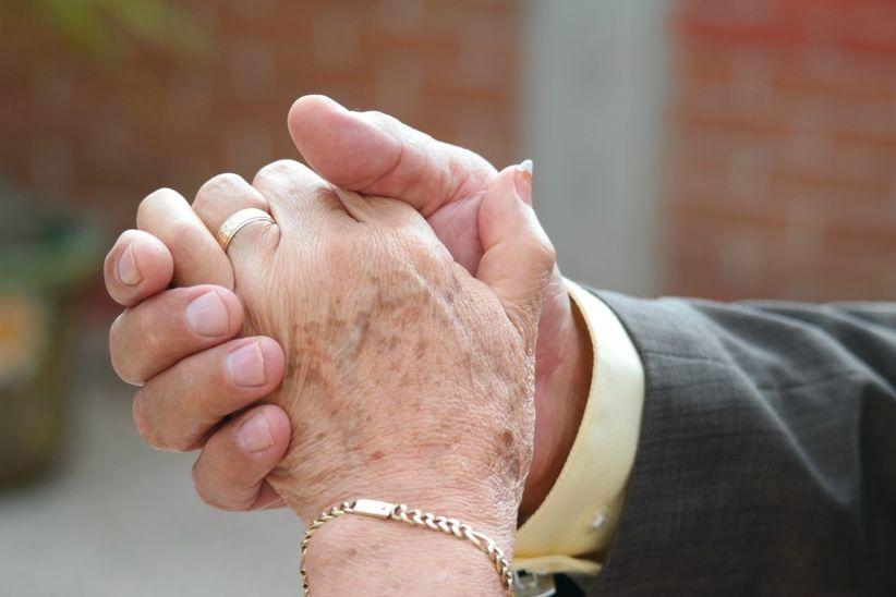 8577512ea Bodas de oro  cómo renovar sus votos después de 50 años - bodas.com.mx
