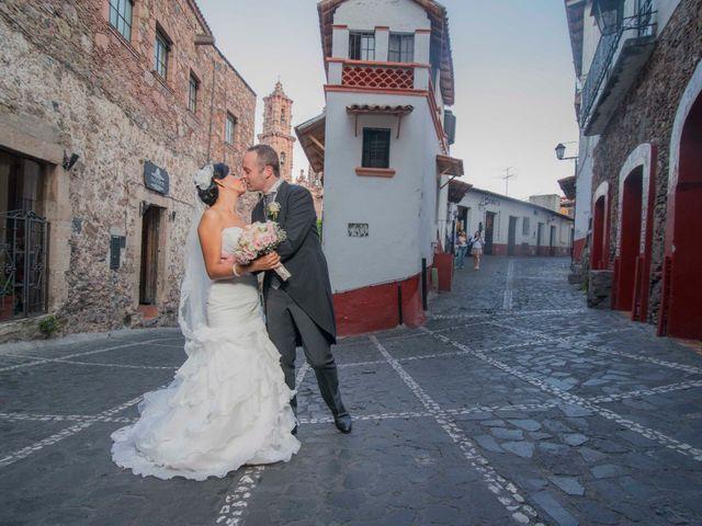 La boda de Mike y Krisia: cumplen su sueño en Taxco