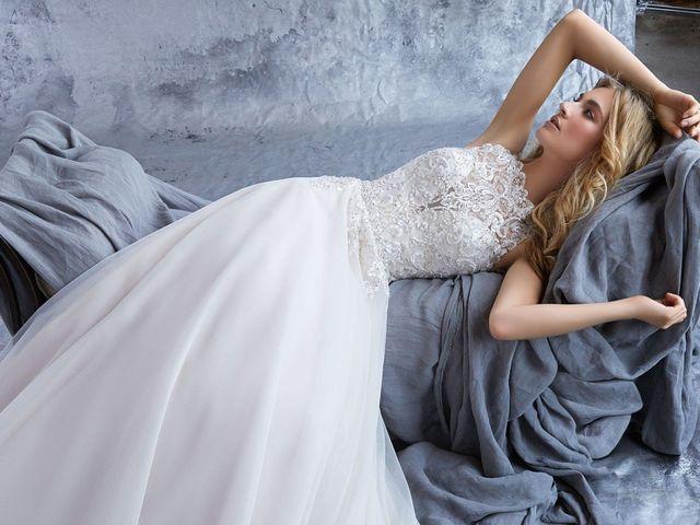 Bordados y pedrería, la esencia de los vestidos de novia Morilee 2019