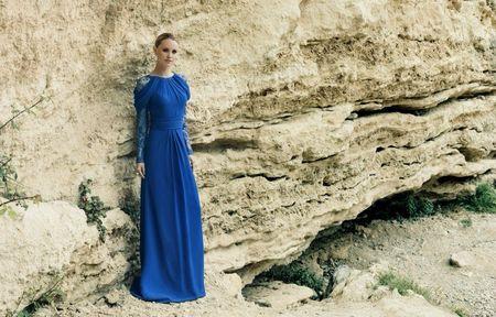 50 vestidos de noche azul rey para brillar como invitada