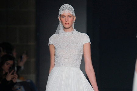 Rosa Clará 2020, vestidos de novia inspirados en el 'Art Déco'