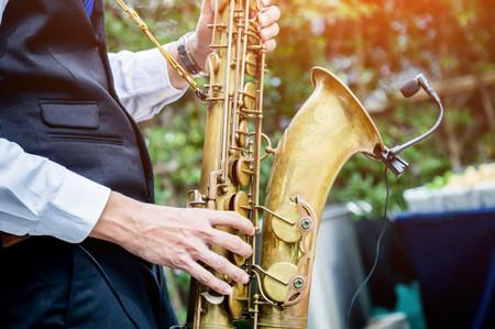15 canciones de jazz para las bodas más cálidas y acogedoras