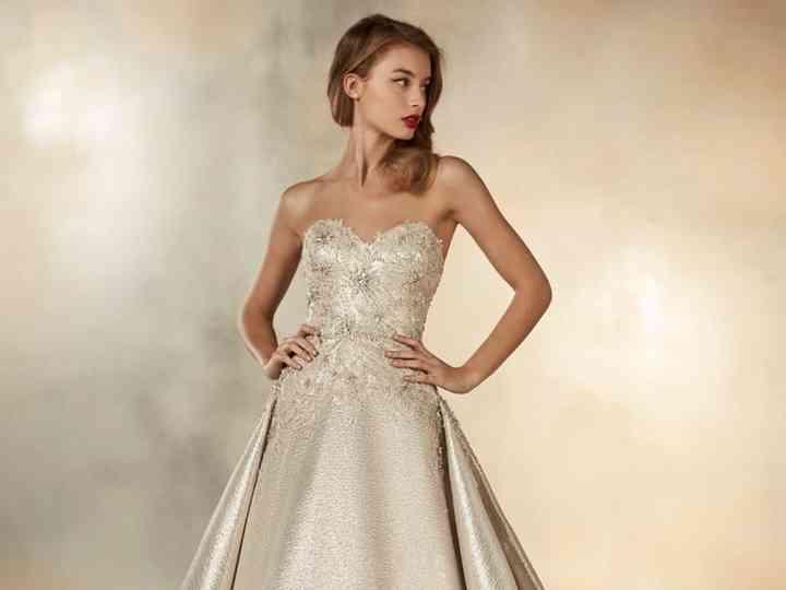 Vestidos de novia 2020 color champagne
