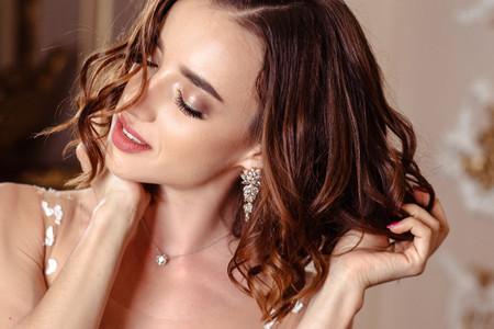 Piel jugosa, la luminosa tendencia en maquillaje para novias