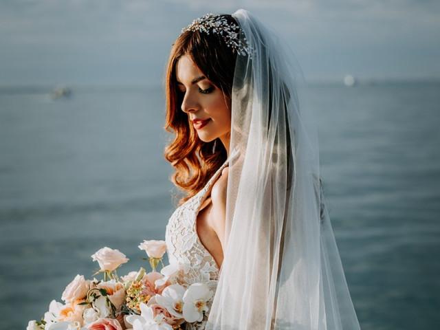 Peinados de novia con velo, ¿cuál va mejor con tu look?