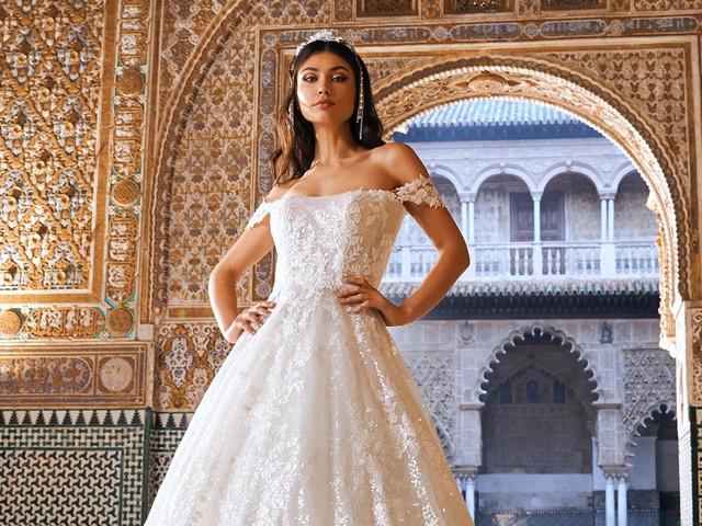 Vestidos de novia Pronovias 2022: colecciones Privée Oasis y Pronovias Edén