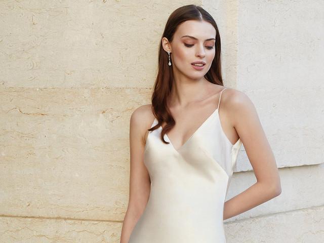 ¿Vestidos de novia lenceros? Descubre si es el estilo que necesitas para tu boda