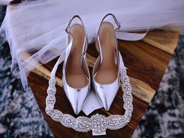 40 zapatos de novia metalizados para dar el paso a una boda 'glam'