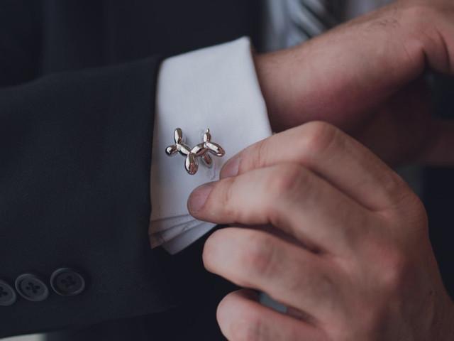 Mancuernillas originales, ¡un toque auténtico para el look del novio!