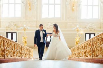 ¿Sesiones de fotos para boda en un teatro? ¡Estas ideas les encantarán!