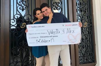 En medio de la planeación de su boda, Álex y Valeria ganaron nuestro sorteo