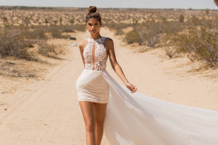 8 'Little White Dresses' para una boda civil íntima y llena de estilo