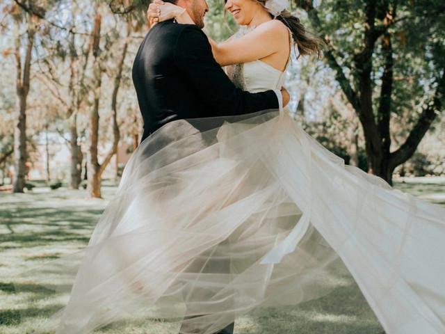 Rentar el vestido de novia y otras formas de reducir su costo