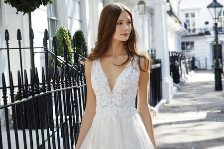 Adore by Justin Alexander 2021: vestidos de novia con mucho encanto