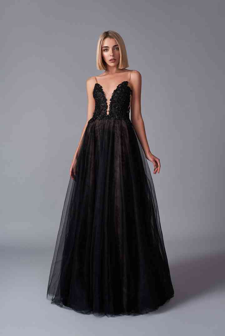 vestido negro de noche elegante juvenil