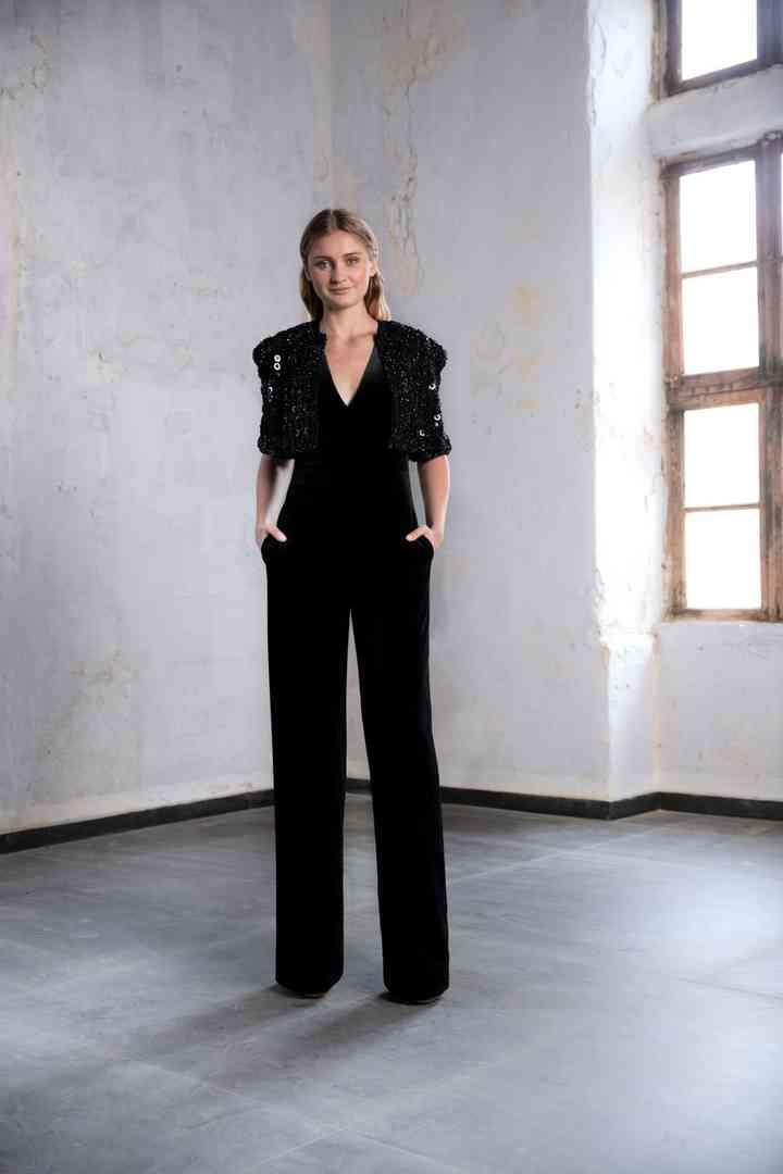 elegante jumpsuit para fiesta negro con manga tres cuartos