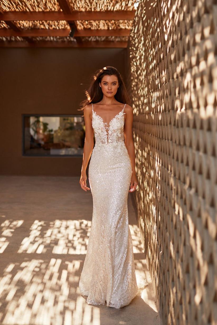 vestido de novia elegante con encaje y brillo