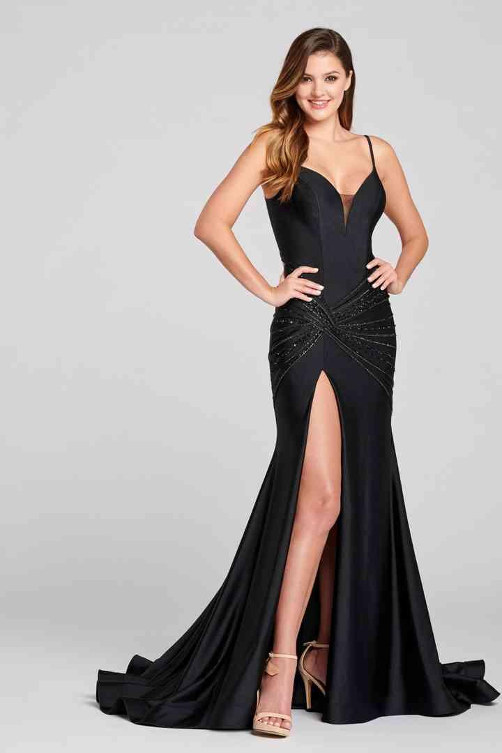 vestido de fiesta de noche con tirantes y abertura en la falda