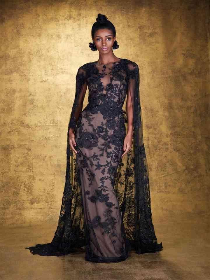 vestido elegante negro largo con encaje y tul