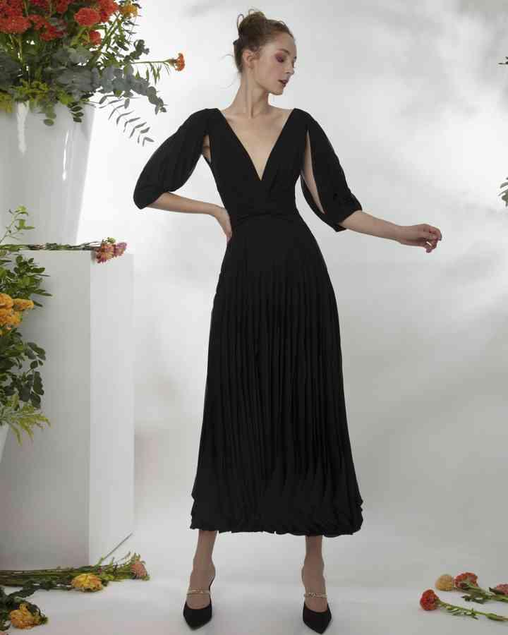 vestido negro corto sencillo para boda