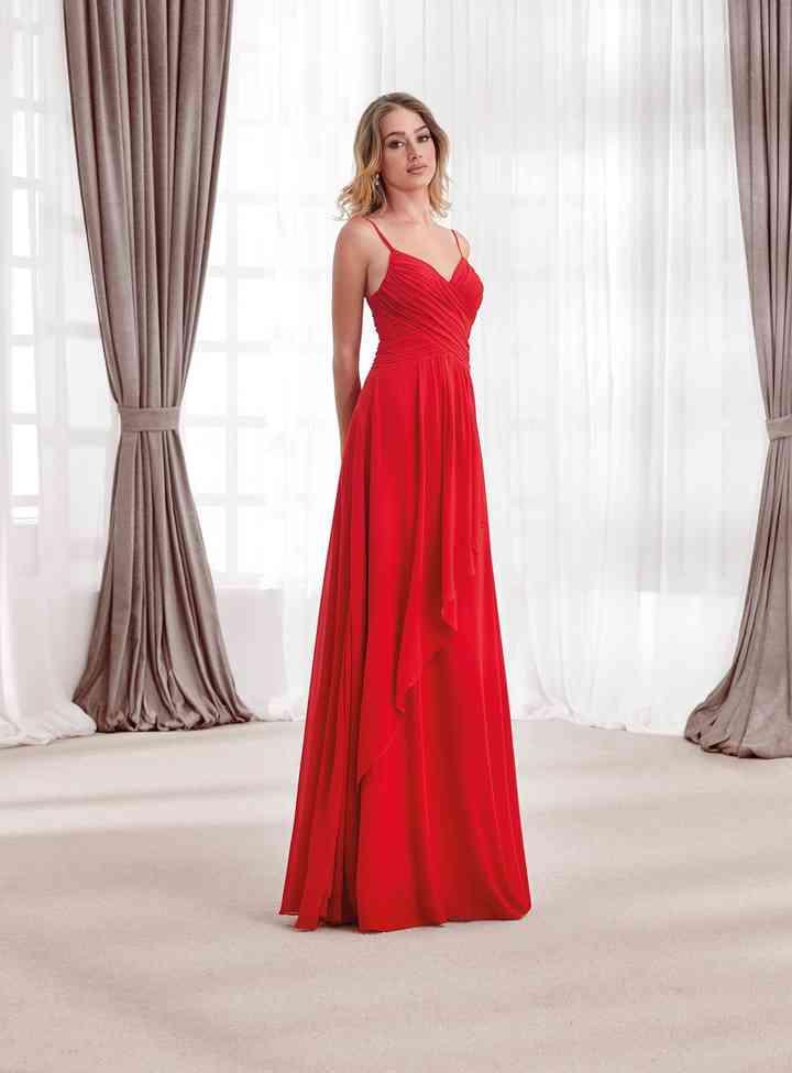vestido de fiesta rojo largo y de escote corazón