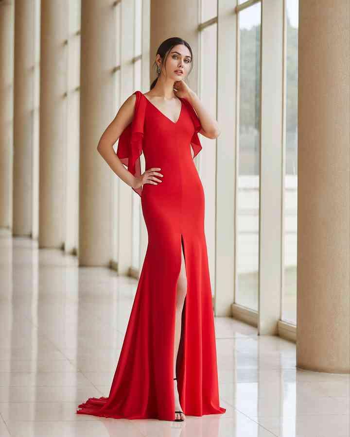 vestido rojo suelto de fiesta para invitada a boda