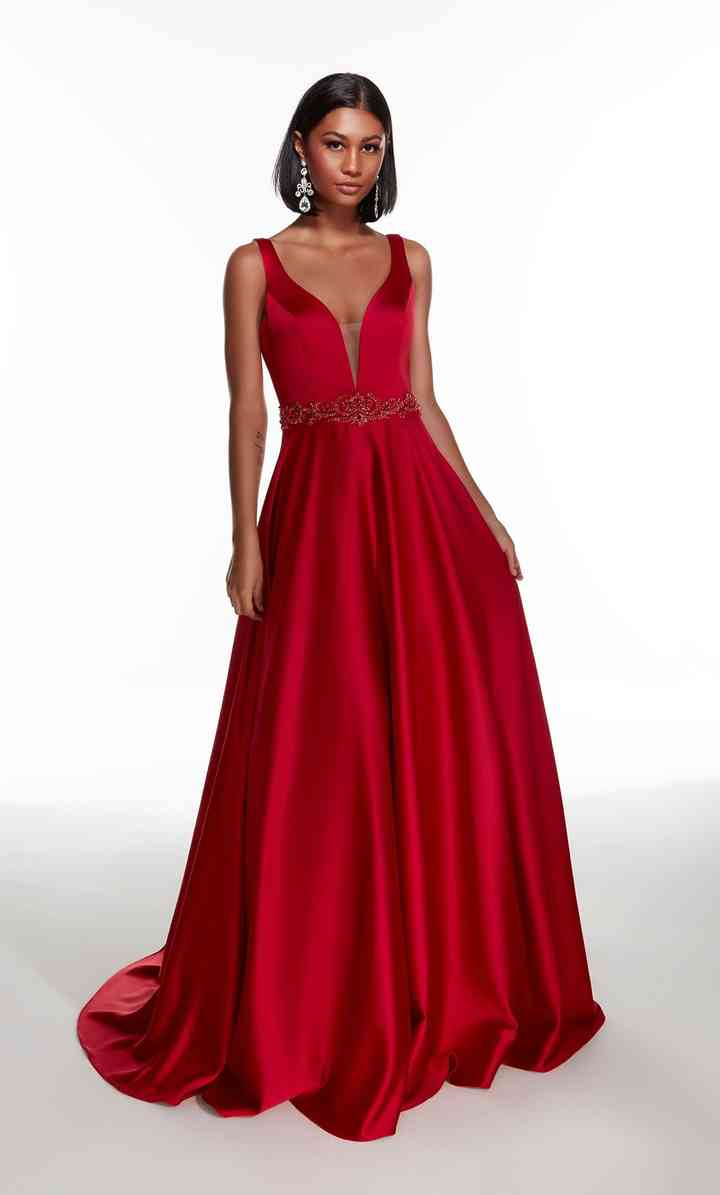 vestido de fiesta color rojo oscuro largo