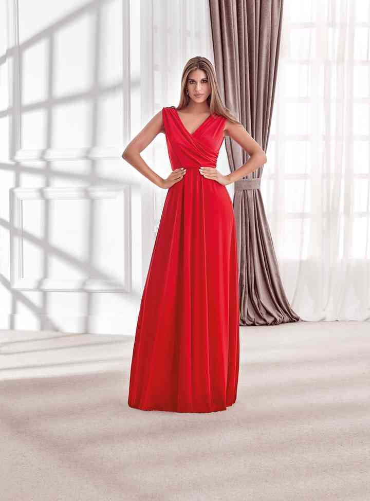 vestido de fiesta largo rojo para boda de día