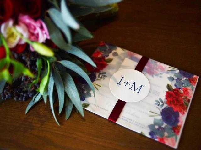 Invitaciones de boda en papel albanene, ¡un detalle muy romántico!