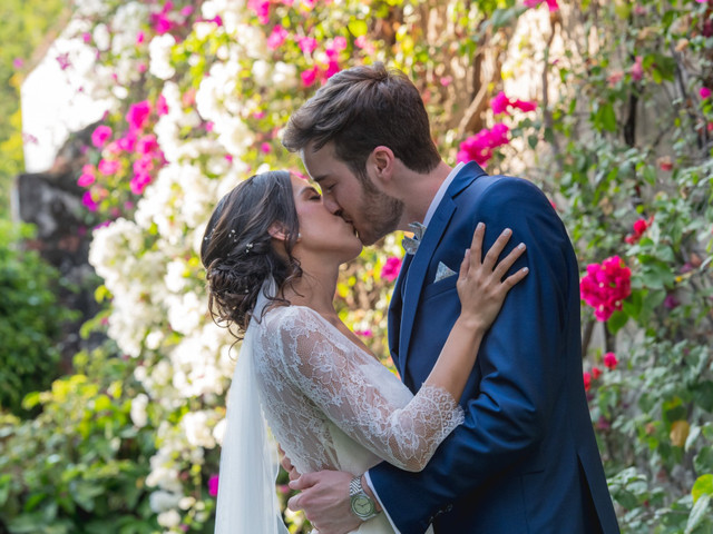 10 besos que no pueden faltar en su álbum de boda