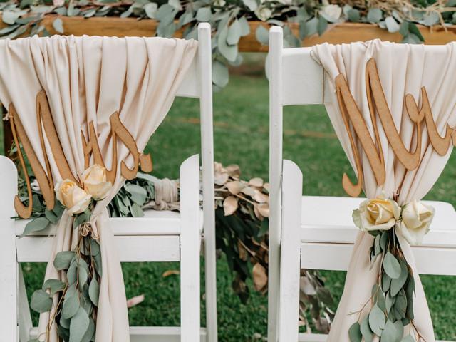 Decoración para las sillas de los novios: 6 encantadoras ideas