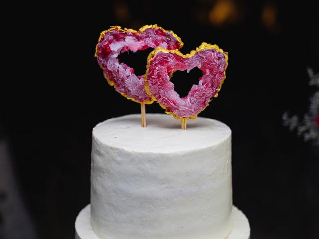 ¿Decorar la boda con corazones? 10 ideas discretas y cero cursis
