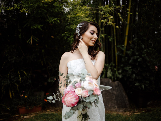 15 fotos del arreglo de la novia imprescindibles en el álbum de boda