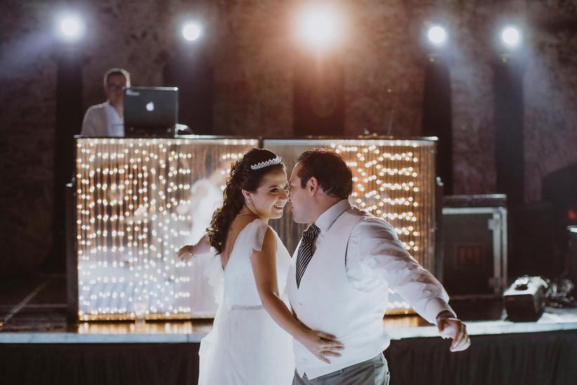 baile de novios en la fiesta de boda