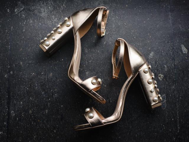 8 tendencias en zapatos de novia 2020: amor a la primera pisada