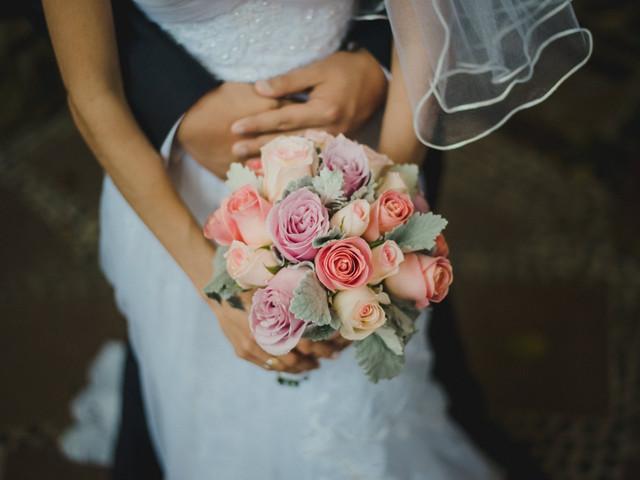 40 ramos de novia con rosas: ¿seguirán pareciéndote muy clásicas?