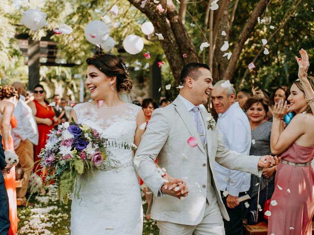De qué lado entran y salen los novios: protocolo de la ceremonia