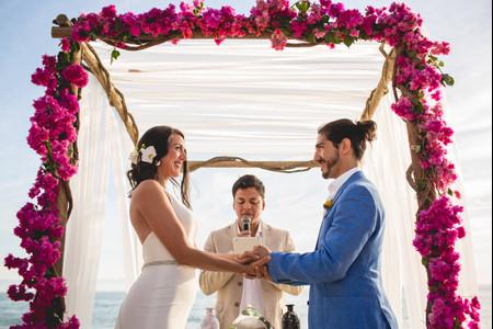 ¡10 estilos de altares de boda para todos los gustos!