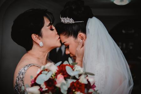 Fotos con mamá antes y durante la boda, ¡un recuerdo único!