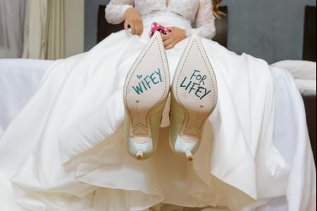 8 ideas para decorar las suelas de los zapatos de los novios, ¿cuál elegirán?