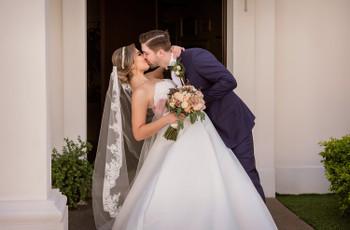 Los besos más bonitos de las parejas el día de su boda