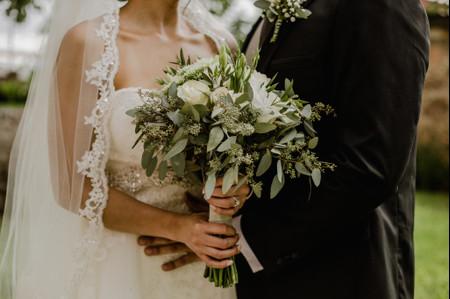 Organicen su boda desde casa, que el coronavirus no frene sus planes