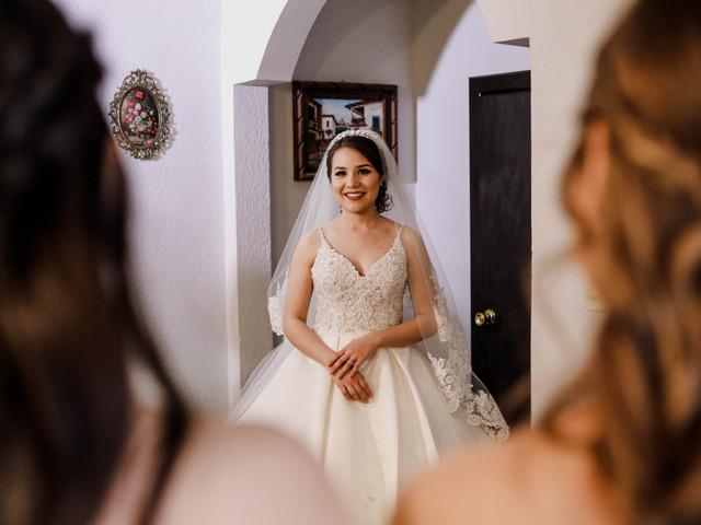 Pruebas del vestido de novia, ¿quién te va a acompañar?