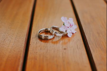¿Anillos de media caña o de estilo churumbela? ¡Así son los tipos de alianzas de boda!