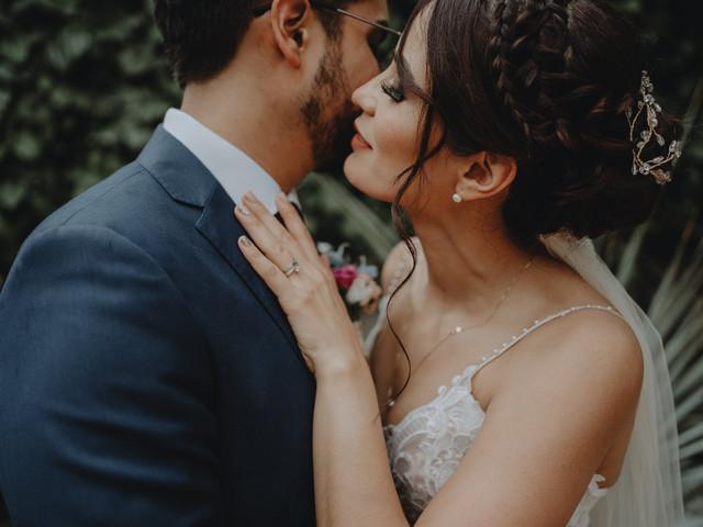 20 poemas para una boda civil: por sus besos, mil versos