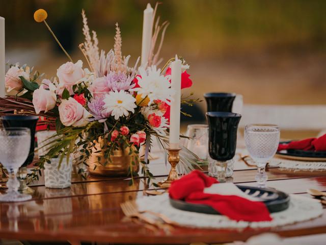 10 tendencias en centros de mesa para la boda más chic