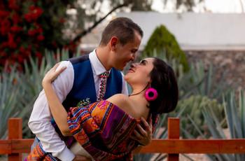 6 ideas para vestir la boda con artesanías textiles mexicanas