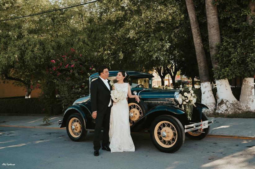 auto de boda para novios